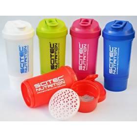 Shaker Scitec avec Réservoir 700 ml